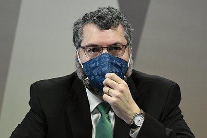 Governo não definiu plano único de combate à pandemia, diz Araújo na CPI da Covid