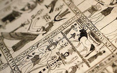 Detalhes do livro Thesaurus Hyeroglyphicorum da biblioteca de Ajaccio na ilha de Córsega no Mediterrâneo francês.