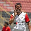 Técnico do Vitória, Rodrigo Chagas vai usar time alternativo contra o Bahia de Feira