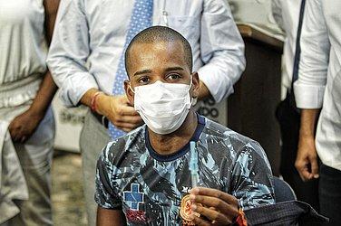Médico socorrista do Samu Wenderson Barbosa também foi imunizado