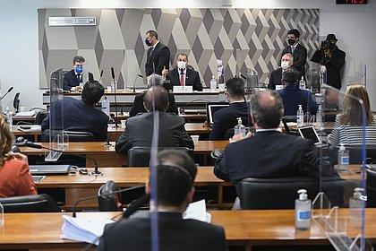 CPI aprova quebra de sigilos de Pazuello, Ernesto Araújo e mais; veja lista
