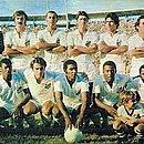 Não temos fotos do jogo de 1975; esta é do Santos em 1971 na Fonte Nova
