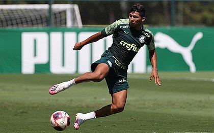 Rony joga atualmente pelo Palmeiras