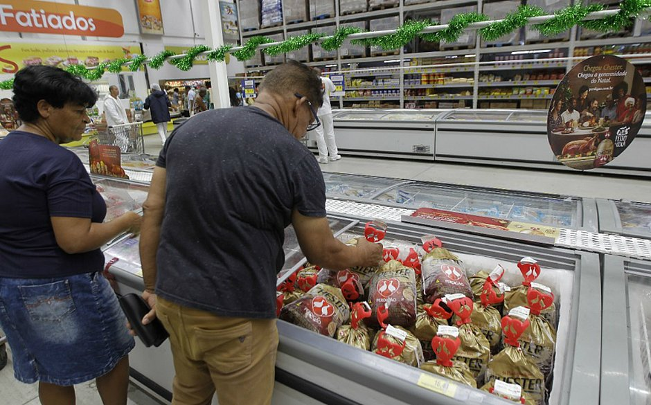 Neste fim de ano, aves mais baratas agradam o paladar e o bolso dos consumidores baianos