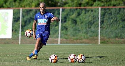Nilton deixa o Bahia com apenas 28 jogos e dois gols em quase um ano e meio