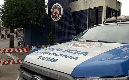 3 PMs se apresentam e sobe para 9 os policiais presos acusados de extorsão