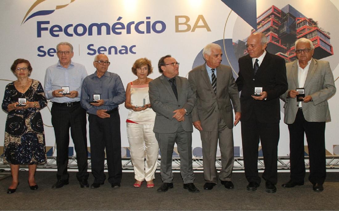 Arquitetos que idealizaram o projeto e funcionários envolvidos na fundação foram homenageados durante o almoço de aniversário promovido pela Fecomércio-BA