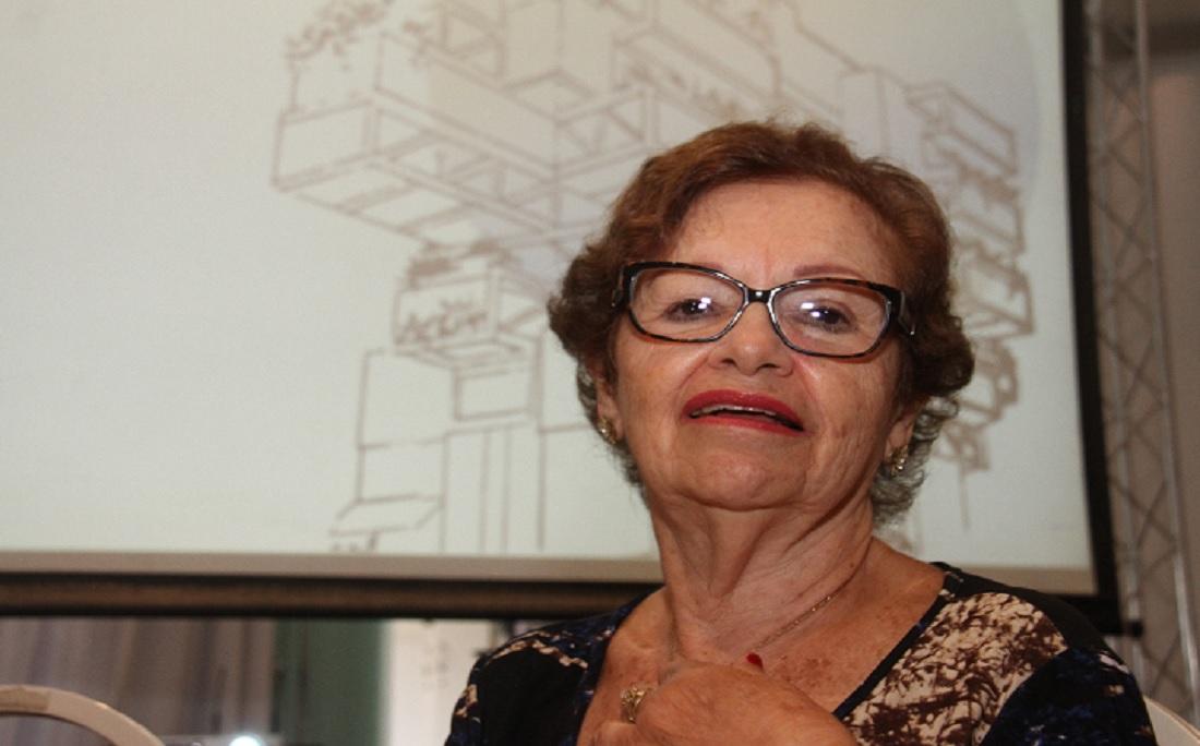 """A advogada Sônia Sampaio prestou assessoria jurídica durante a licitação para a construção do prédio: """"Quando eu vi mesmo as obras iniciarem e o prédio subir foi o momento que mais me marcou"""""""
