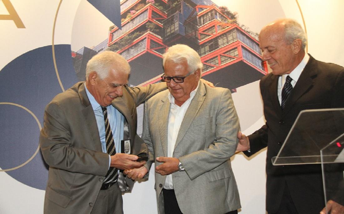 """Filho de Deraldo Motta, Paulo Motta, foi um dos homenageados:"""" É uma construção que eu conheço desde a sua pedra fundamental"""""""