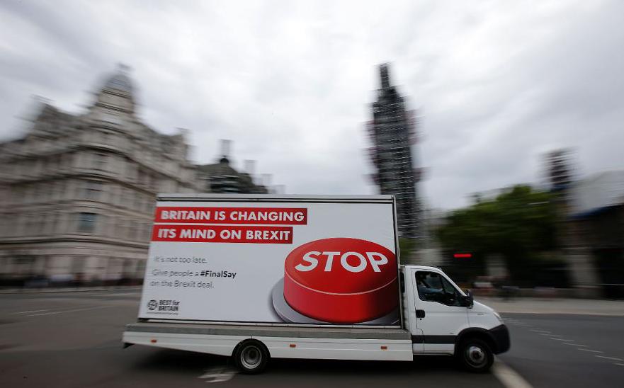 Publicidade anti-Brexit no centro de Londres.