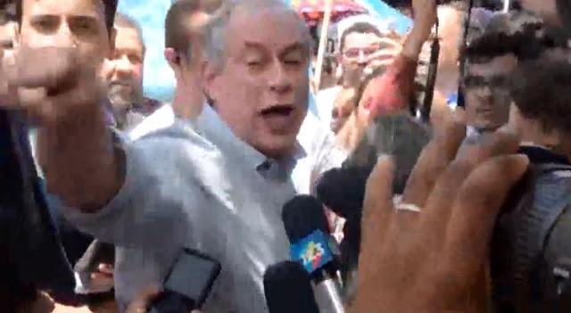 Resultado de imagem para Candidato a presidente: Ciro chama homem de FDP dá leve empurrão em homem durante entrevista em Roraima