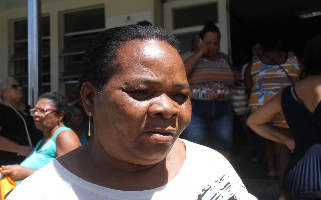 Depois de 16h na fila, a aposentada Lucidalva de Jesus conseguiu agendar a consulta para o dia 10 de janeiro