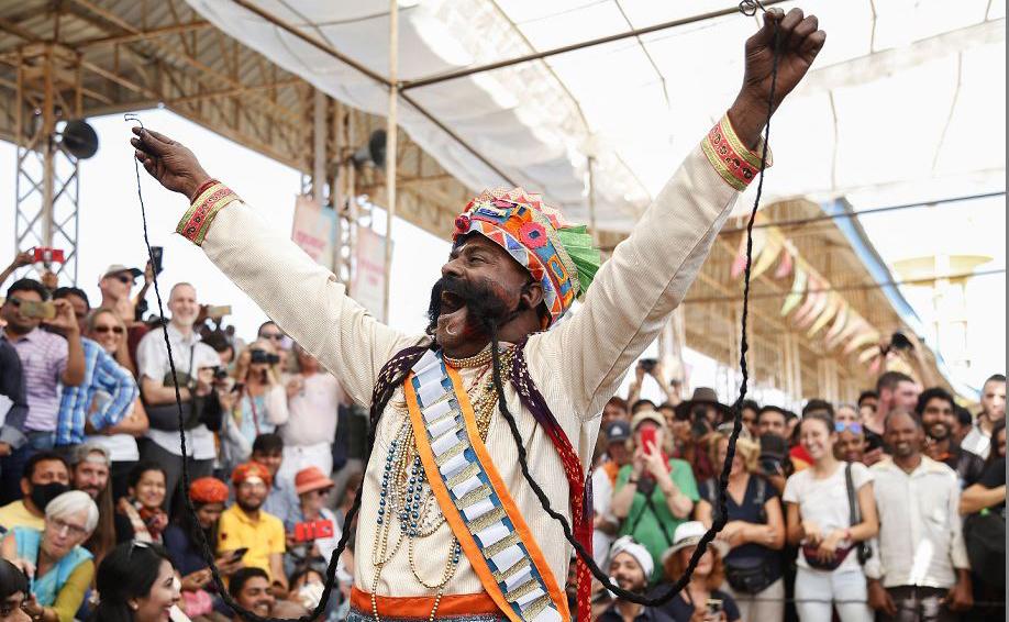 Campeonato de bigodes na Feira de Camelos Pushka, em Rajasthan, na Índia.