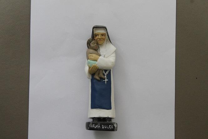 Imagem da freira em 10 cm - R$ 12