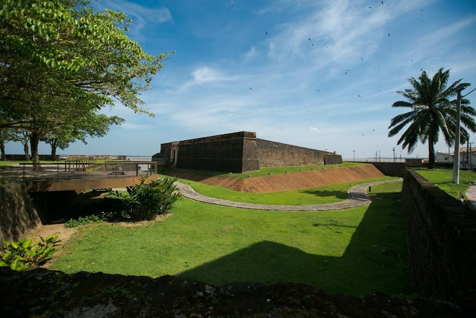 Forte do Presépio é um passeio legal pra ir a dois, também. É uma espécie de Forte da Capoeira...