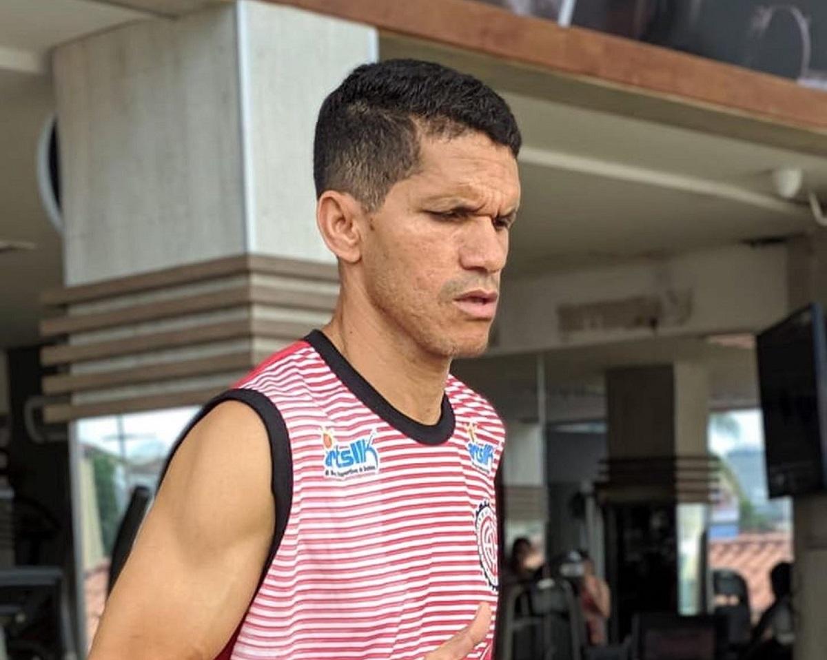 Magno Alves vai defender o Atlético de Alagoinhas. Magnata tem 44 anos