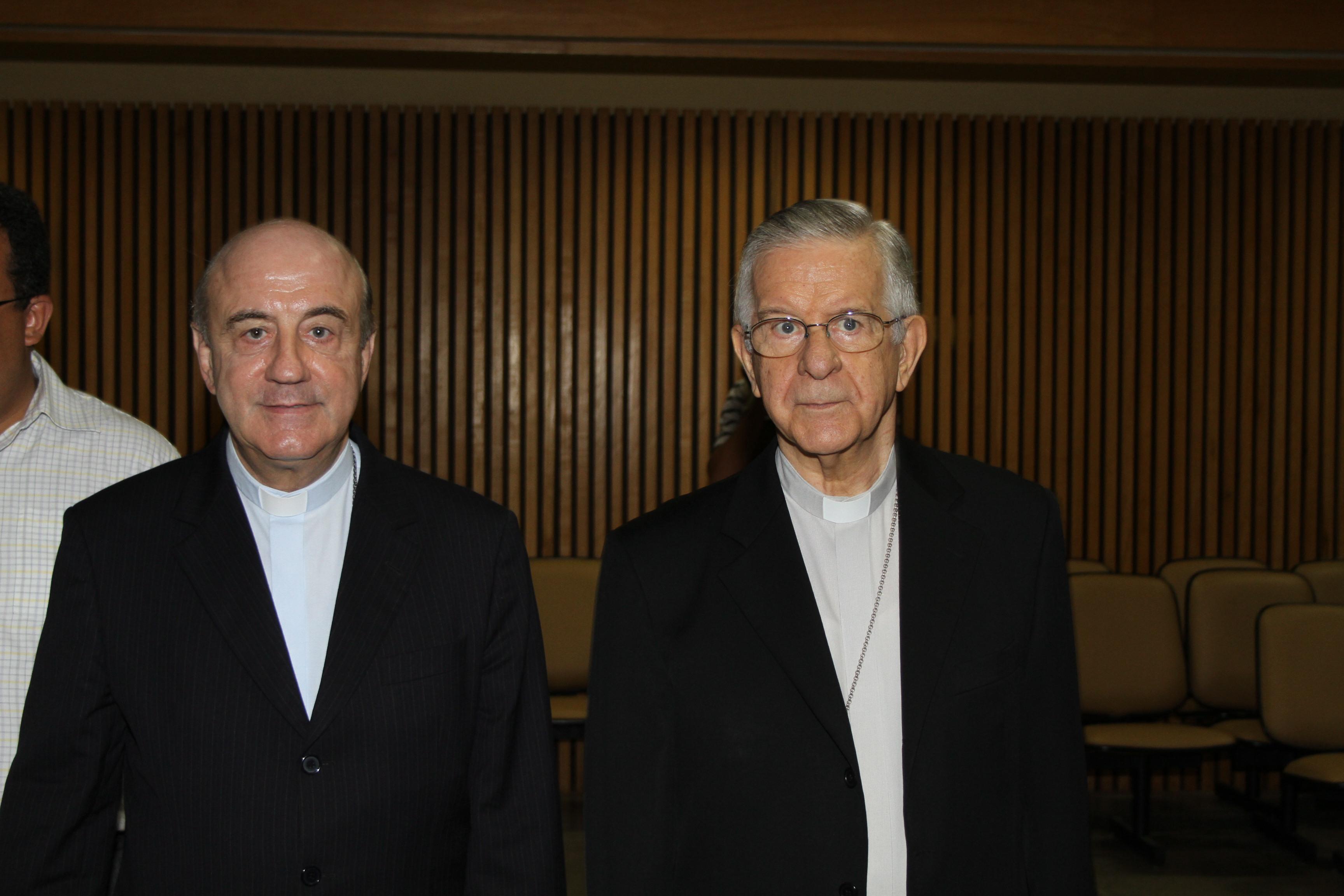 Cardeal Dom Geraldo Majella, apresentou o novo arcebispo de Salvador, Dom Murilo Krieger