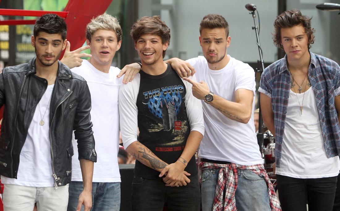 Zayn, Niall, Louis, Liam e Harry integravam a primeira formação da banda
