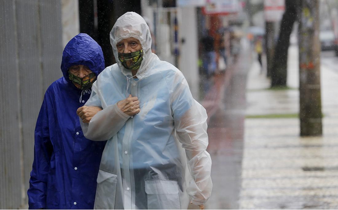 Chuva na Avenida Sete de Setembro.