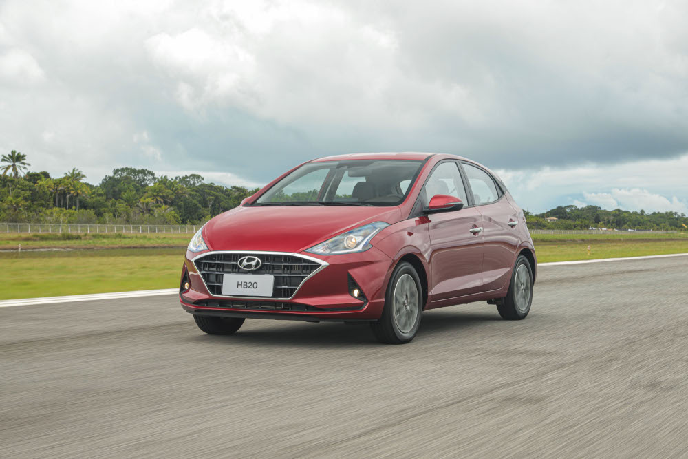 O equipamento de segurança é oferecido na versão Diamond Plus, que custa R$ 77.990 e conta com motor turbo e câmbio automático