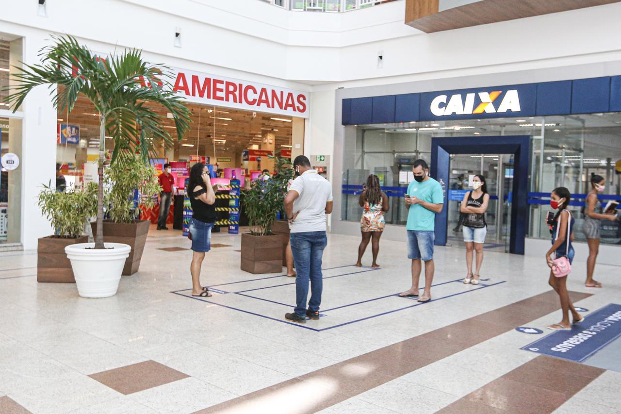 No Salvador Norte, demarcação para filas