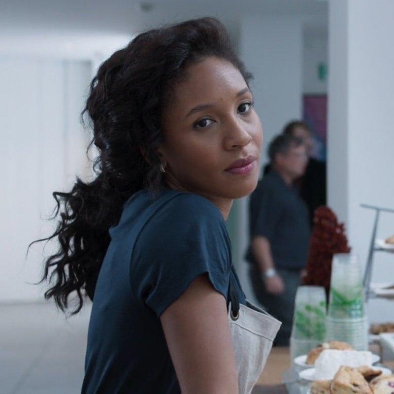 Nabiyah em uma das aparições em 'Pantera Negra', no papel de Linda