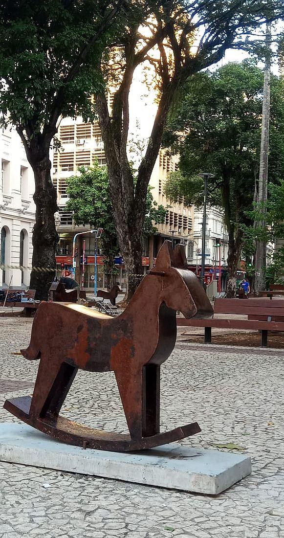 Haras para M.B.O.., de Iêda Oliveira