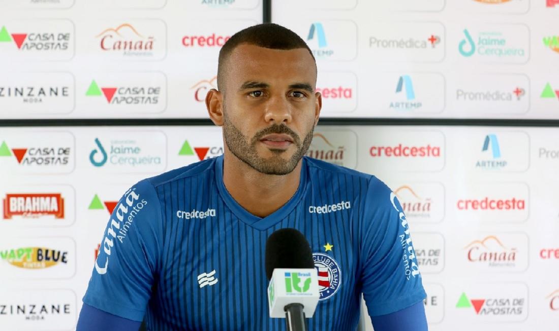 Ernando valoriza atuação contra o Athletico e diz que elenco ganhou confiança para sequência da Série A