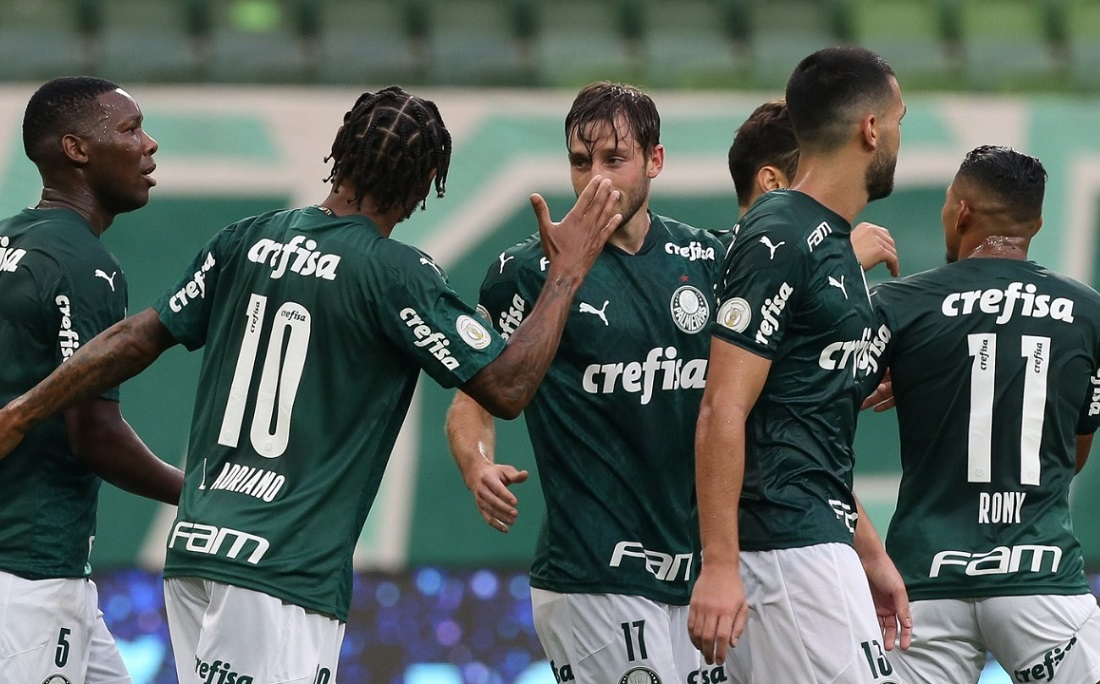 Matías Viña abriu o placar para o Palmeiras no empate em 1x1 com o Atlético-GO