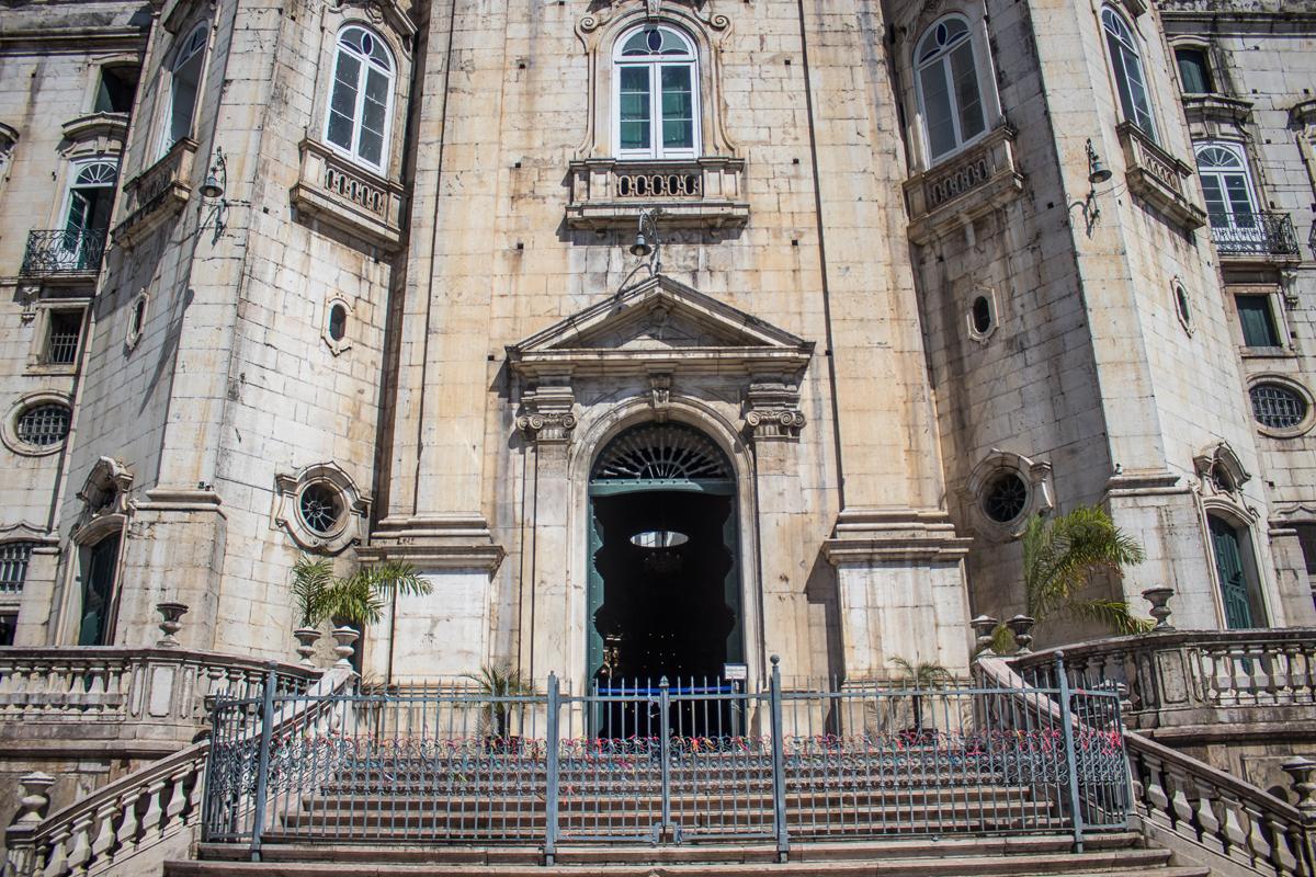 Também foram suspensas as comemorações dos 470 anos de criação da Diocese de São Salvador, que estavam previstas para os dias 25 e 27 deste mês. (Basílica Nossa Senhora da Conceição da Praia)