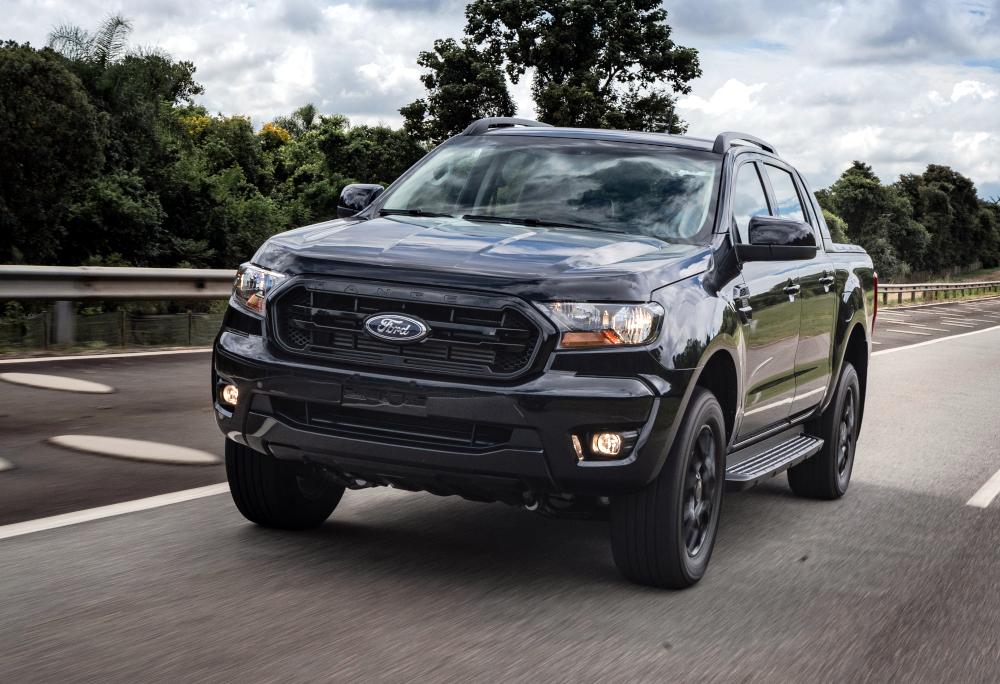 Com a chegada da linha 2022, a Ford lançou uma nova configuração para a picape Ranger, a Black