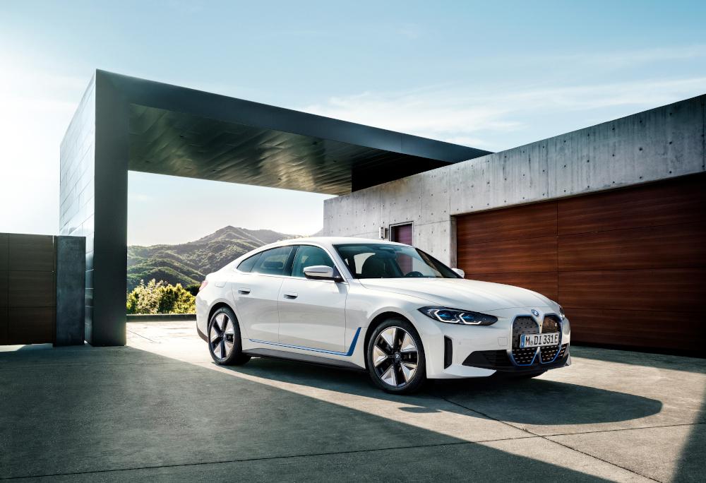 O i4 M50 é o primeiro carro elétrico feito pela BMW M